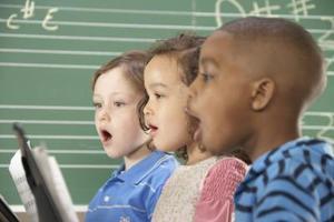 Comment faire pour chanter avec les enfants