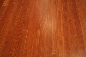 Plancher de bois franc de chêne et érable