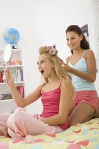 Idées de soirée pyjama amusant pour les trois filles