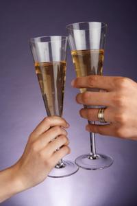 BRICOLAGE : Flûtes mariées avec strass