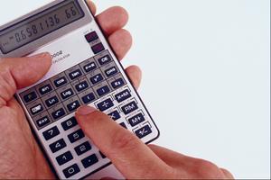 Comment convertir un salaire annuel en un taux horaire
