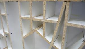 comment r parer la m lamine qui a br ch. Black Bedroom Furniture Sets. Home Design Ideas
