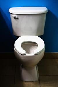Comment faire pour nettoyer des pipes wc - Comment nettoyer wc encrasses ...