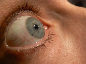 Comment faire un faux oeil