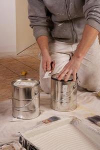 Comment préparer les murs de plâtre rugueux pour la peinture