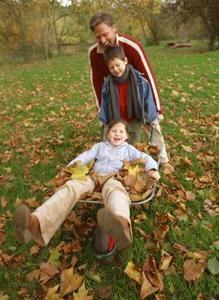 Comment faire pour garder les enfants actifs en automne