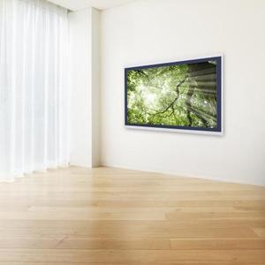 Comment installer une prise électrique pour un téléviseur à écran plat fixé au mur