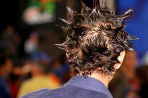 Comment faire pour doper les cheveux très longs