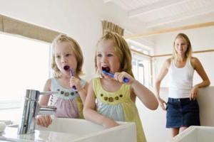 Conseils sur le brossage des dents pour les enfants autistes