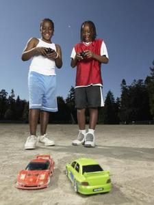 Comment construire un châssis de voiture RC