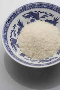 Comment faire cuire le riz blanc avec de l 39 huile d 39 olive - Absorber l humidite avec du riz ...